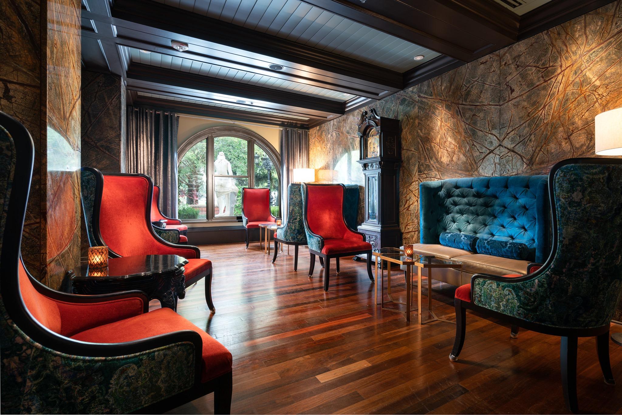 Mansion Lounge 2