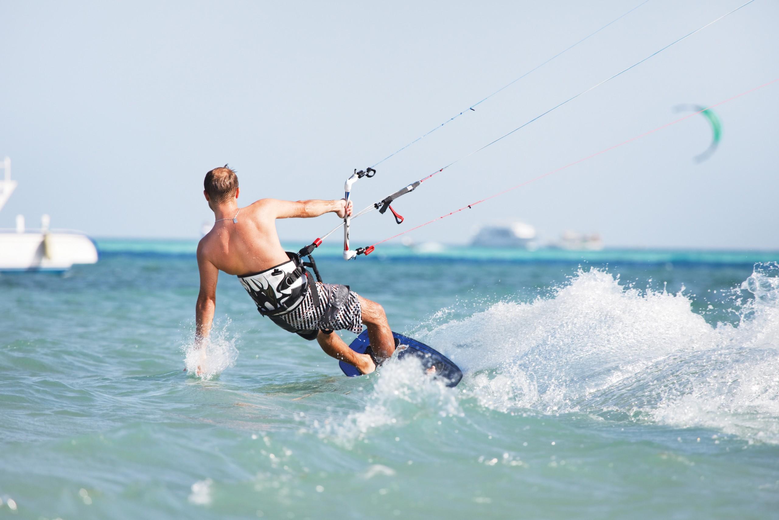 Canva Kiteboarding